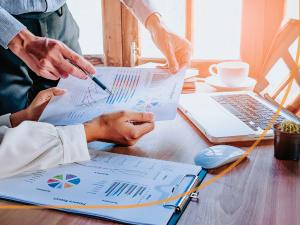 Simples Nacional 2018. Entrada de novas atividades, alterações nas alíquotas e novos limites de faturamento e redutor da receita estão na lista.