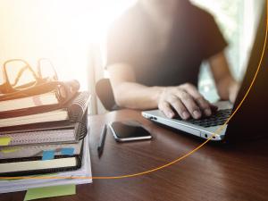 eSocial entra em operação para empresas com faturamento acima de R$ 78 milhões