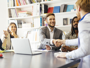 8 atitudes que devem ser aplicadas no dia a dia de quem é parceiro do cliente